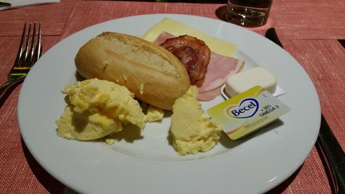 2. Viajando em 3... 2... 1... - Café da manhã na Europa